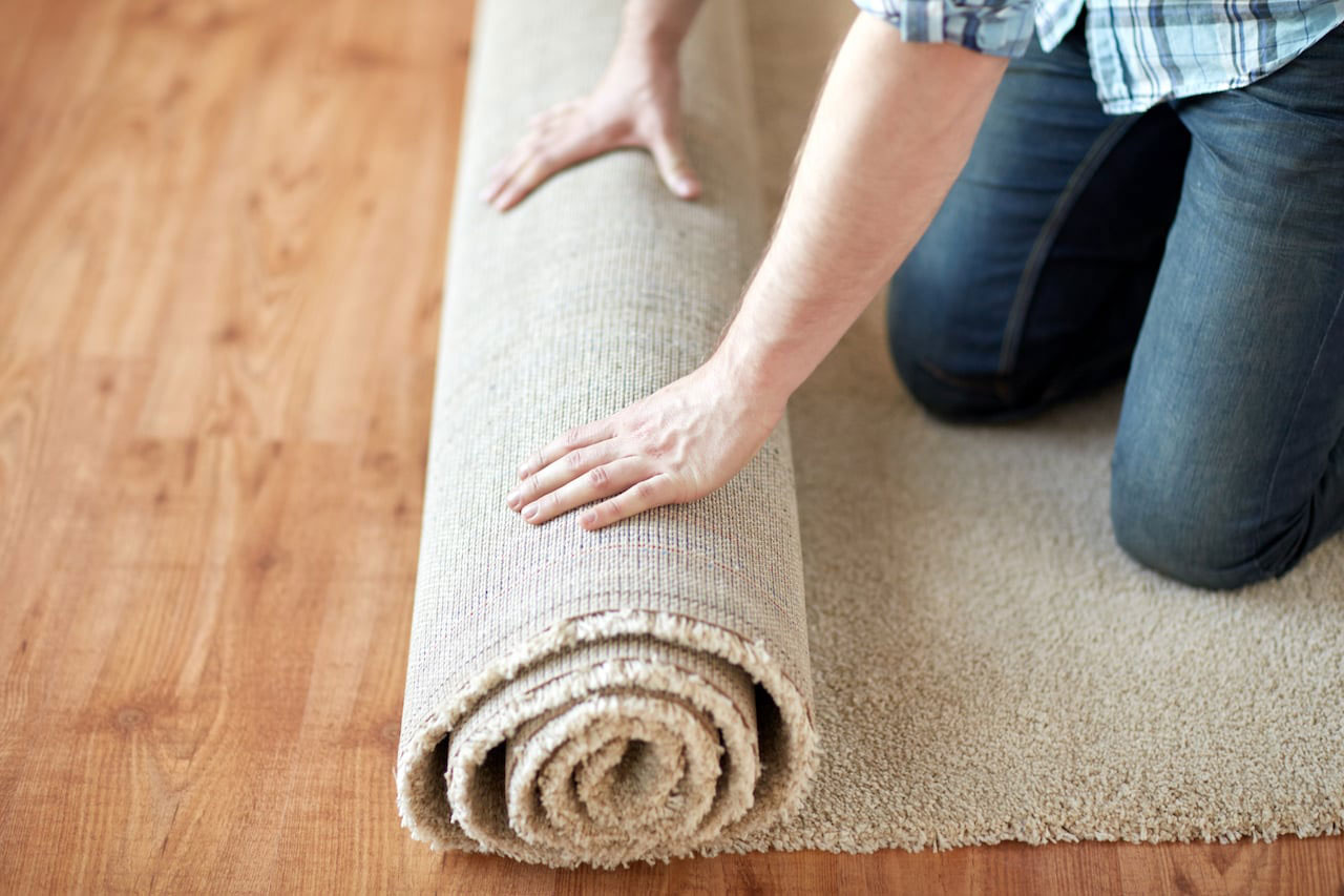 Laying a carpet at home