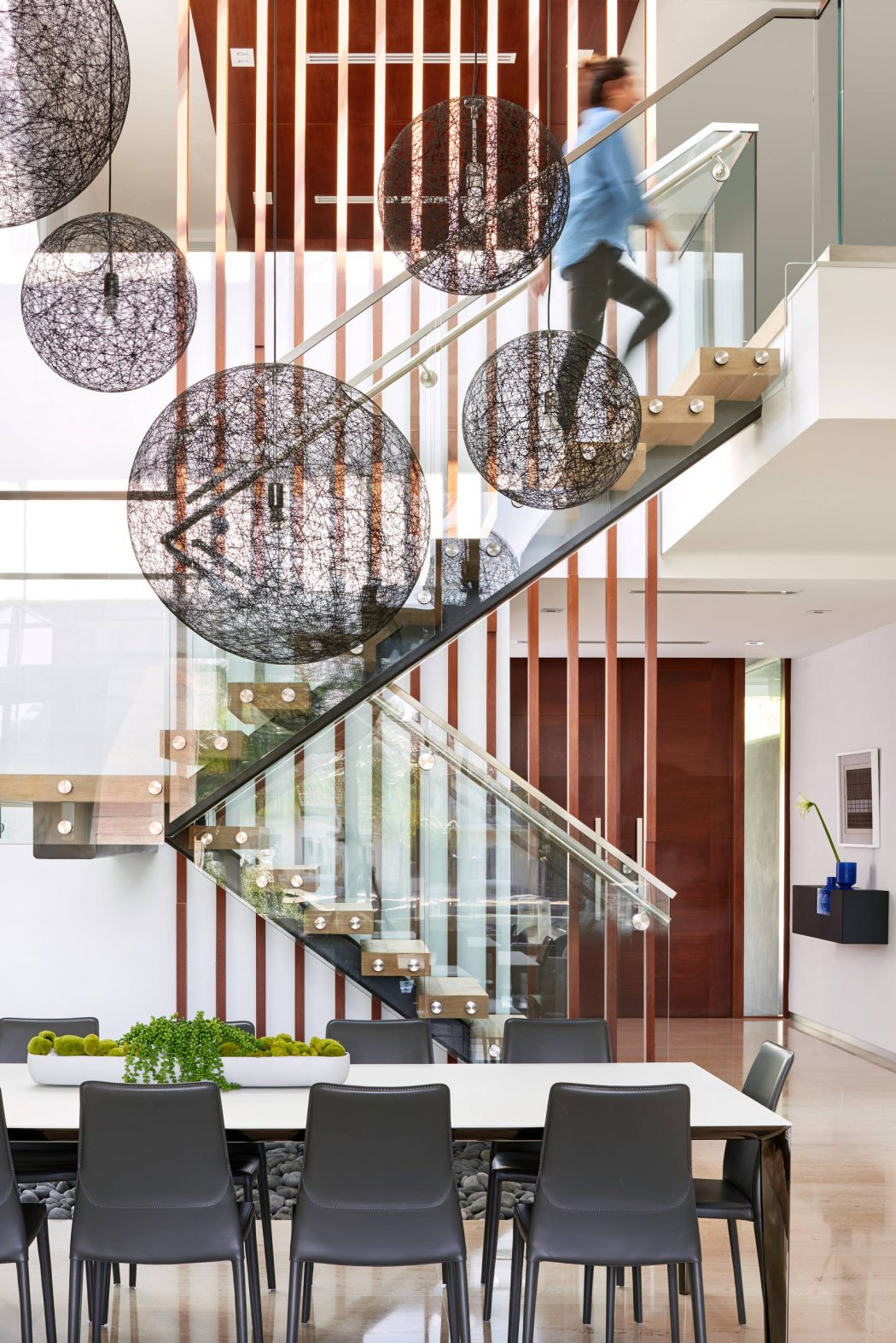 Miami Splendor - Amazing Two-story Family House - the internal staircase