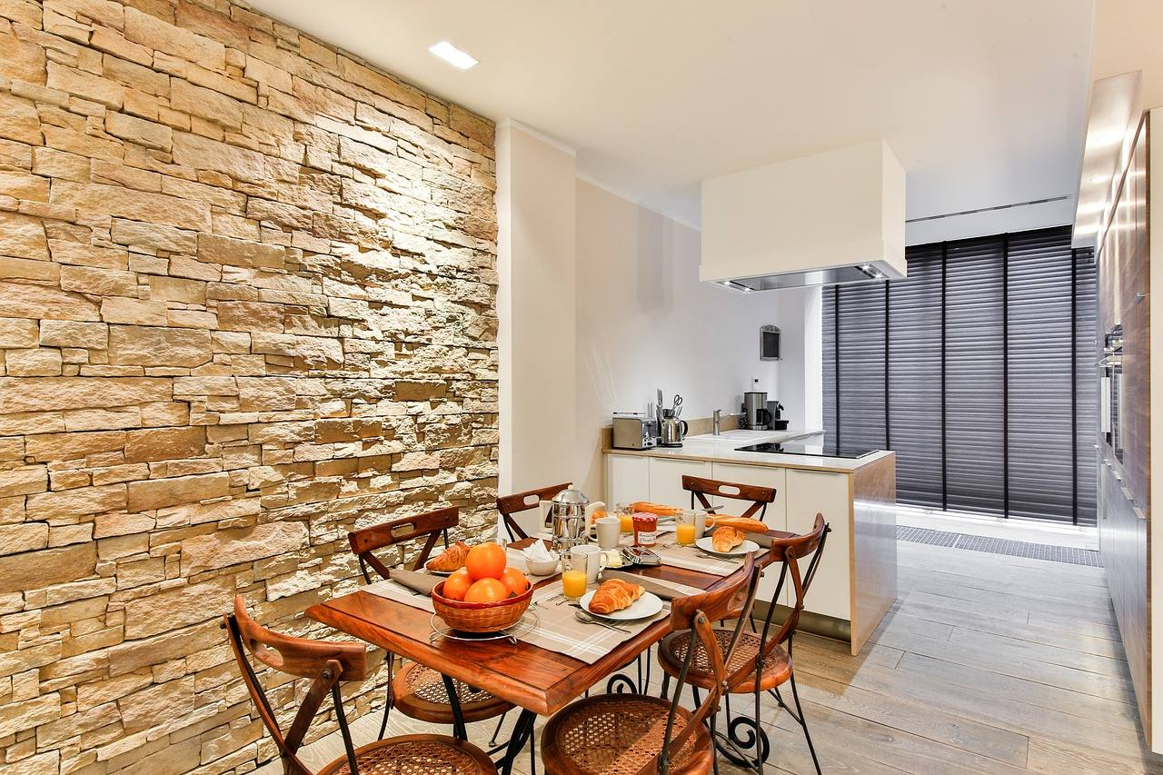 Stone wall in the dining wall