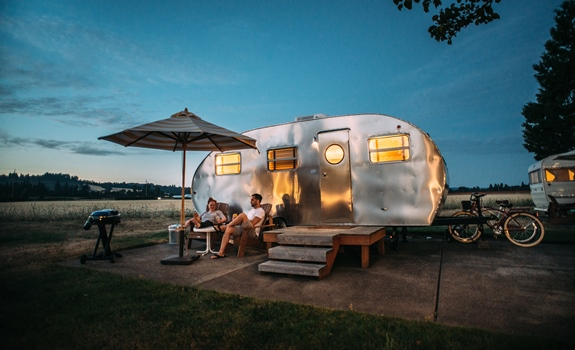 3 Wedding Gifts for Tiny-Home Owners