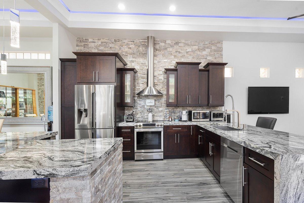 Kitchen triangle area