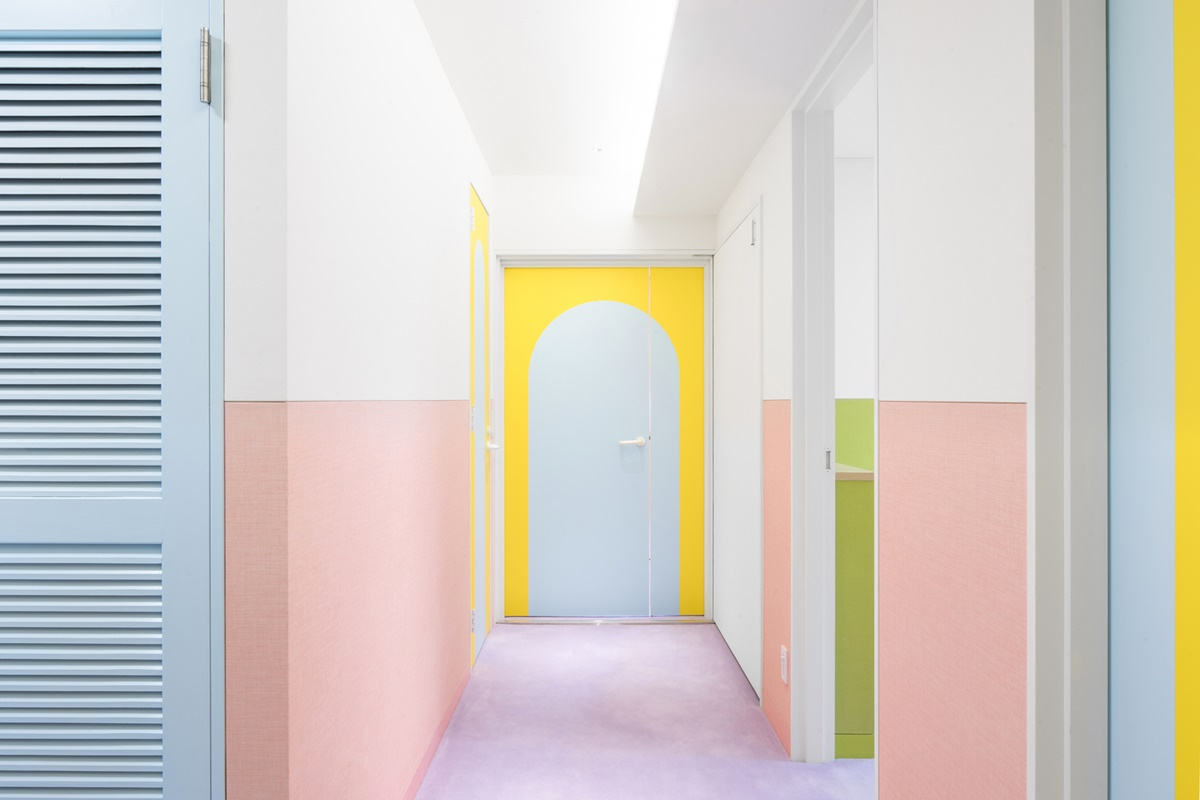 Entry in a colorful apartment