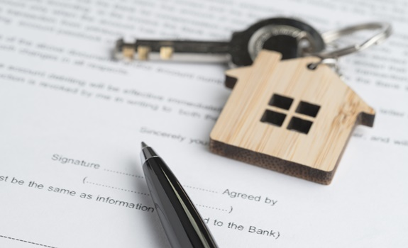Looking to Buy a New Home? 3 Things You Should Do Before Signing on the Dotted Line