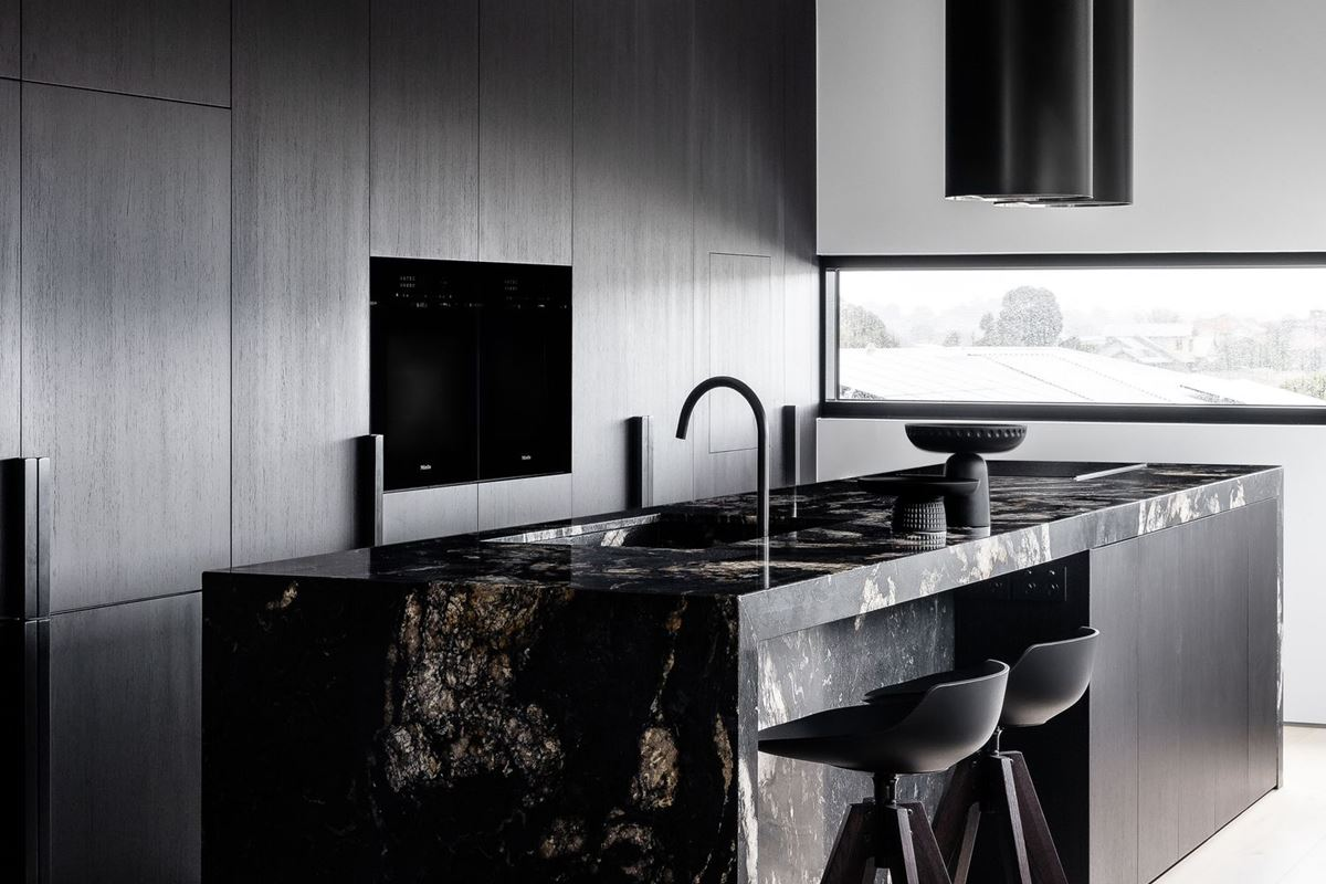 Scalpellino House - kitchen