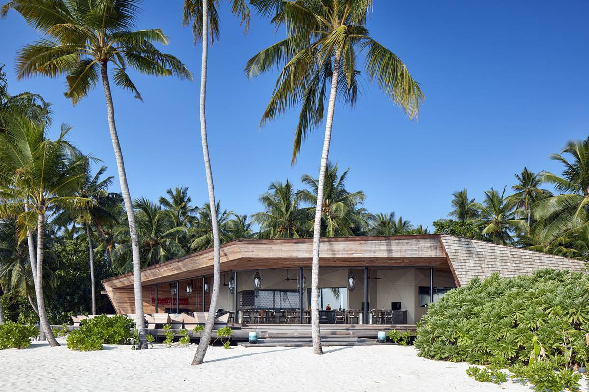 St. Regis Maldives Vommuli Resort - restaurant exteriors