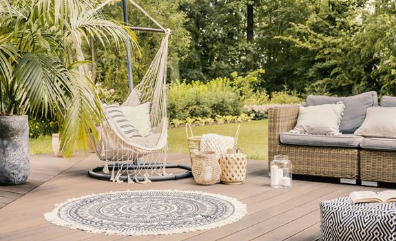 Turn Your Deck Into an Outdoor Living Room