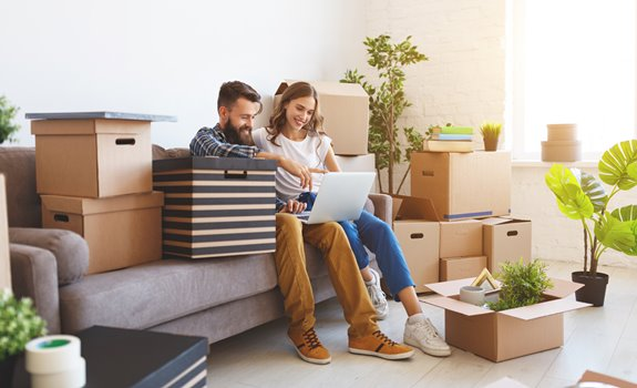 What to Keep and What to Ditch When Moving to a New Residence